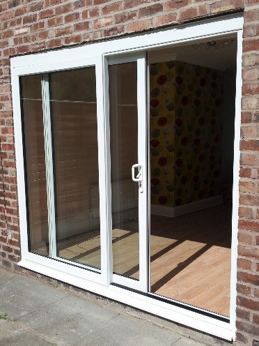 Bi fold doors patio doors or french doors which doors for Outdoor sliding doors